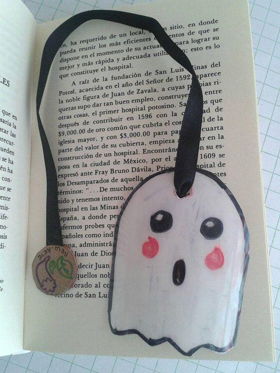 Mira este artículo en mi tienda de Etsy: https://www.etsy.com/es/listing/485784303/marca-paginasseparador-moderno-con #bookmark #recicled #ghost #halloween