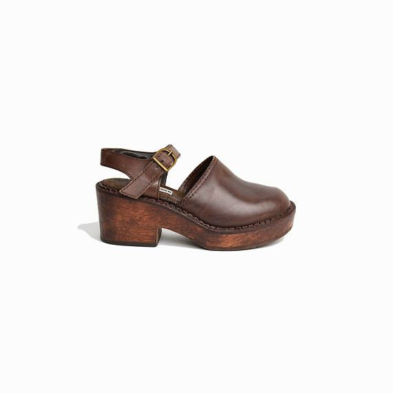 d3edb6f7c7b Vintage 90s Steve Madden Mary Jane Clogs in Brown Leather / Chunky ...