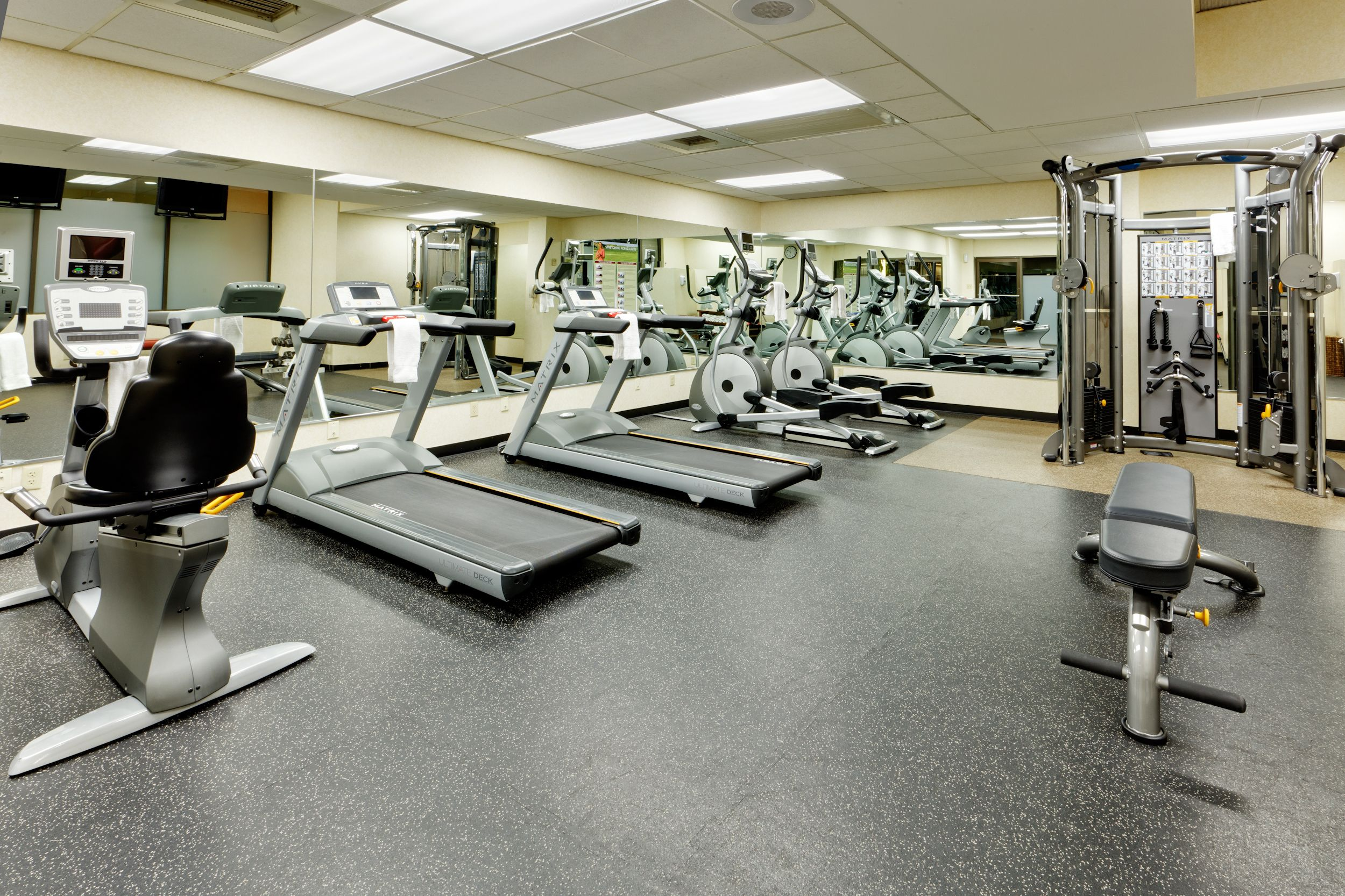 The Crowne Plaza Phoenix Features A State Of The Art Fitness Center For Your Convenience Our Fitness Center Is Open 24 Hours Technik