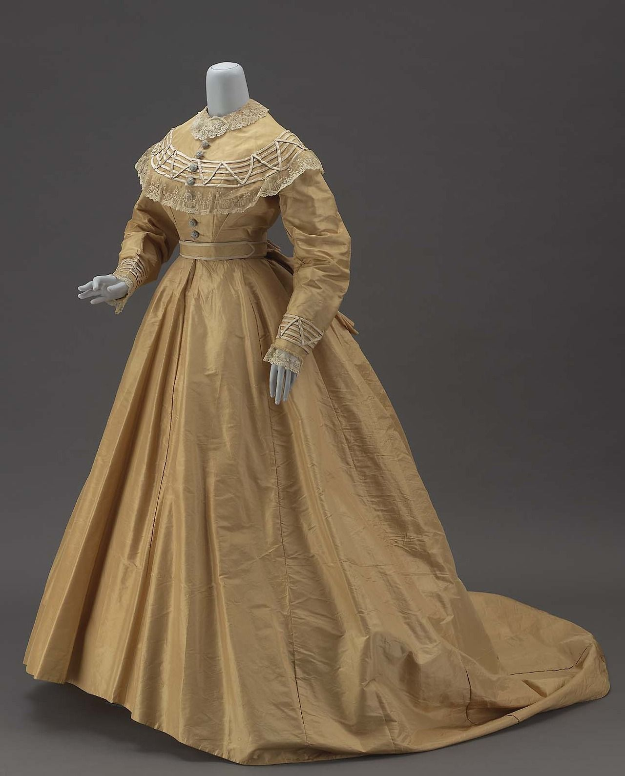 Fashions From History | Old fashioned dresses | Pinterest | History ...