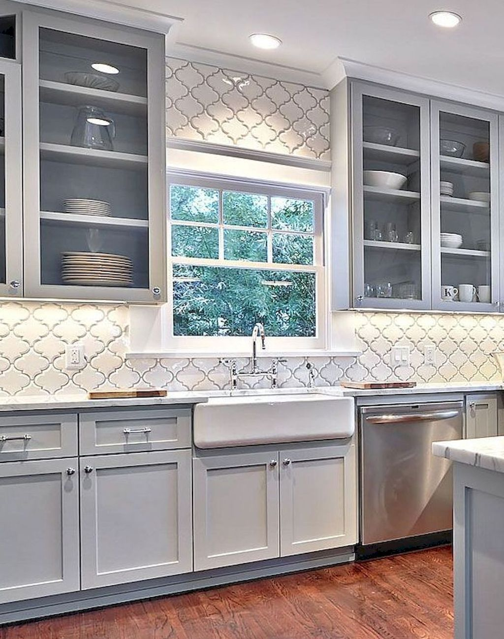 Cool 80 Modern Farmhouse Kitchen Cabinets Makeover Ideas https ...