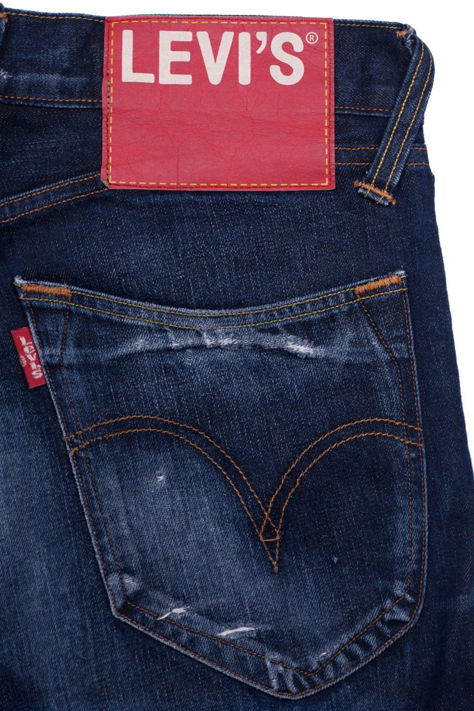 Levi S Red For Sale At Atelier De L Armee Www Atelierdelarmee Com Mensjeans Pantalones Levis Hombre Pantalones Levis Ropa Para Hombres Jovenes