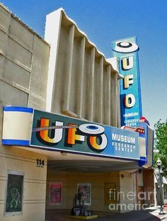 The Plains Theatre Roswell New Mexico Now Ufo Museum Sign Language Pinterest Museums