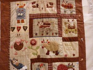 """""""quand le fil se fait art"""" exposition de patchwork à riom, too cute! rustic cows quilt"""