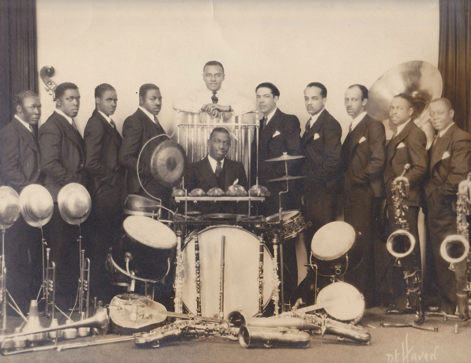 1920s jazz Listen to the 1920 network internet radio online for free on radionet all radio streams and radio stations at one glance discover online now.