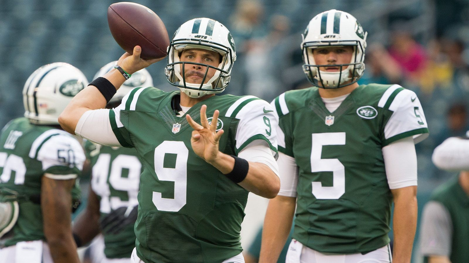 Chicago Bears reportedly add Mark Sanchez to help their