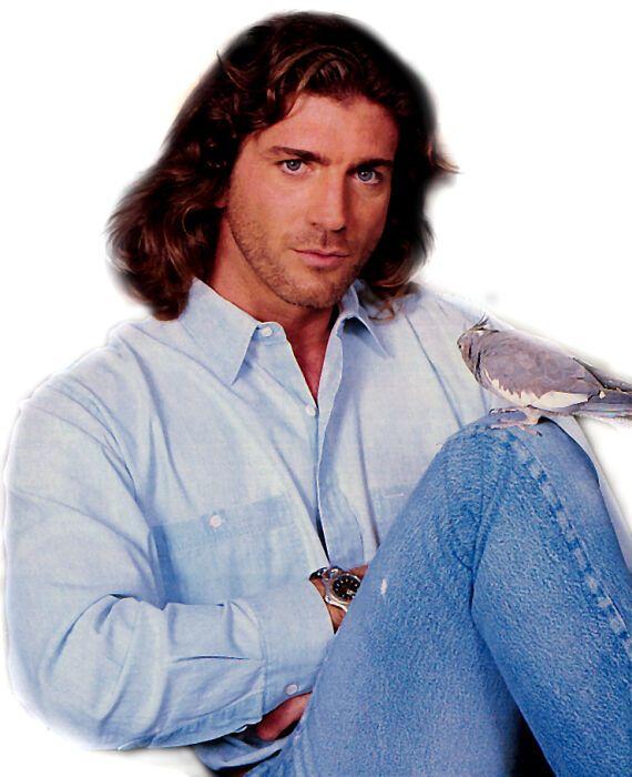 Look at the Cute Bird on His Knee | Joe Lando (Sully ...