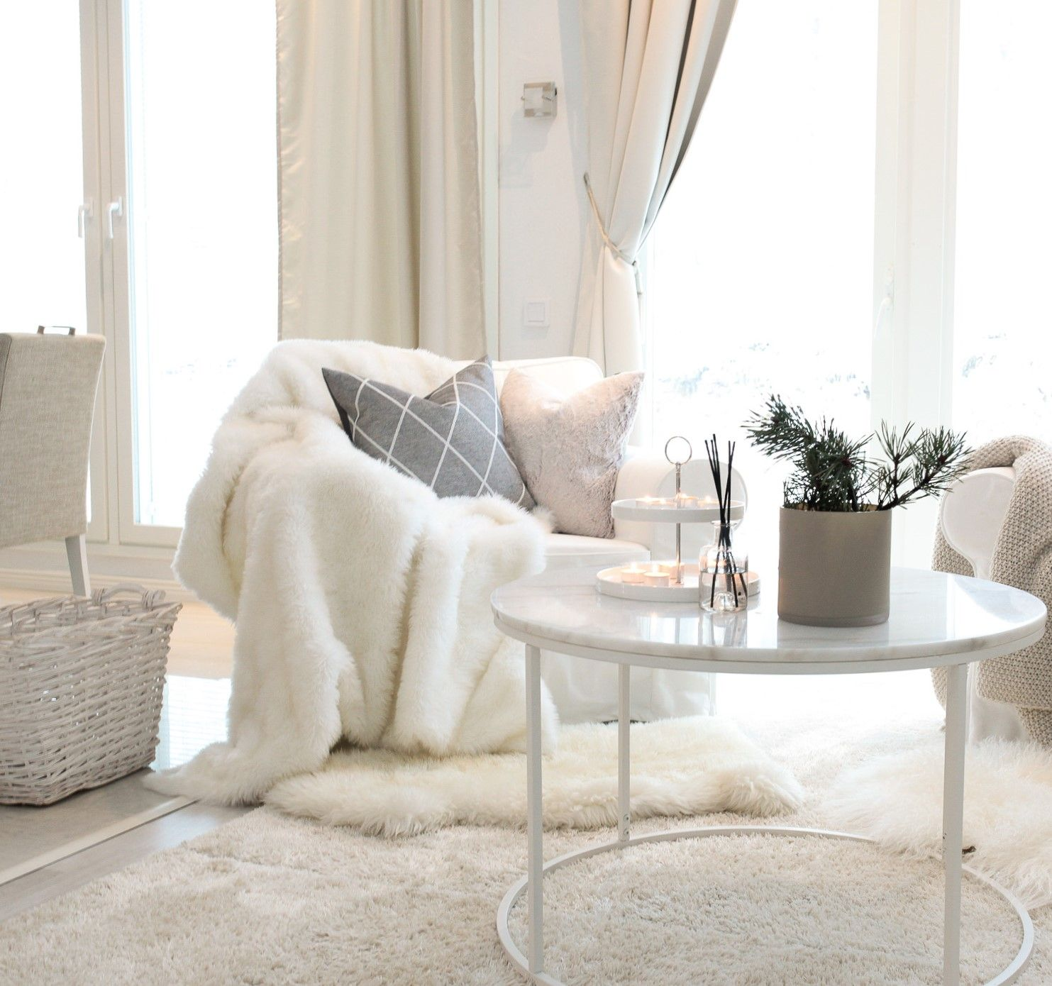 Pin by Tiia Janita on Home | Pinterest | Interiors, Living rooms and ...