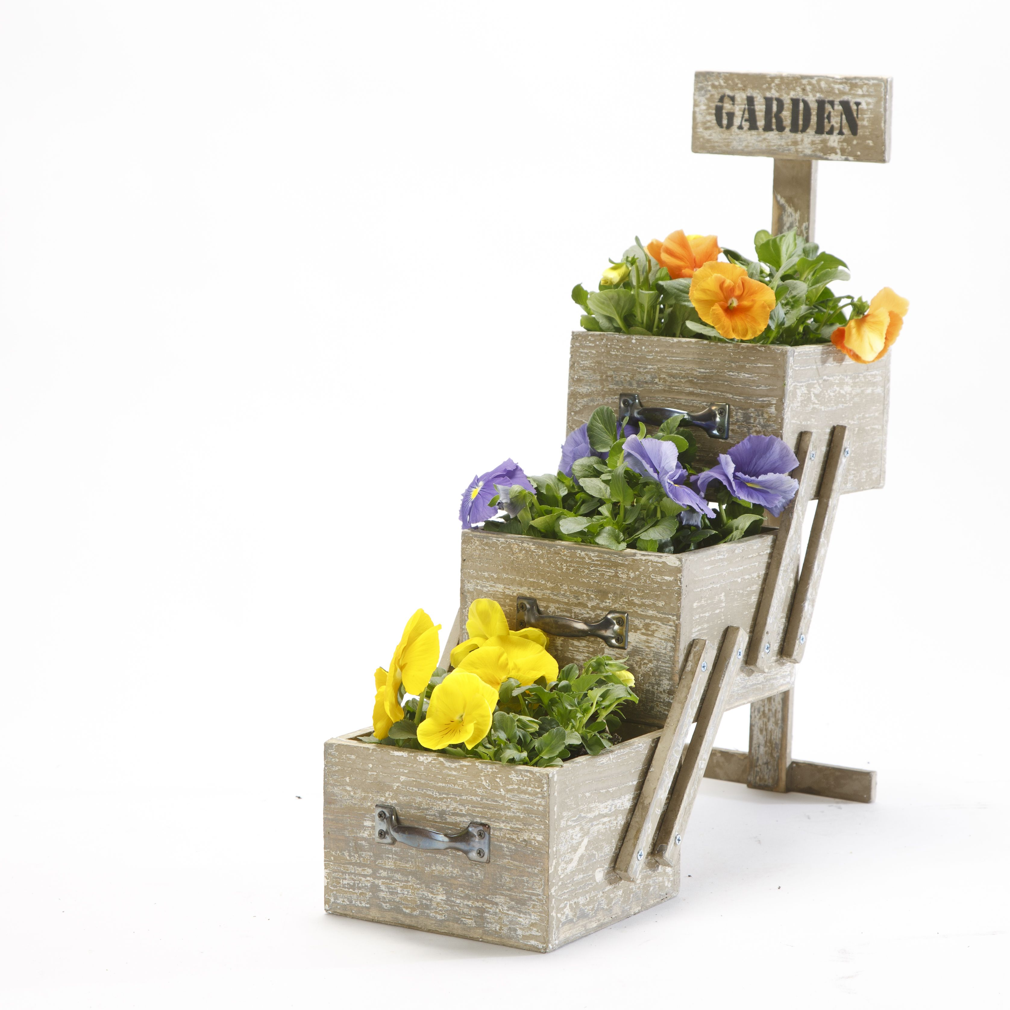 Modern Farmhouse Home Decor: garden decor, rustic ladder outside ...