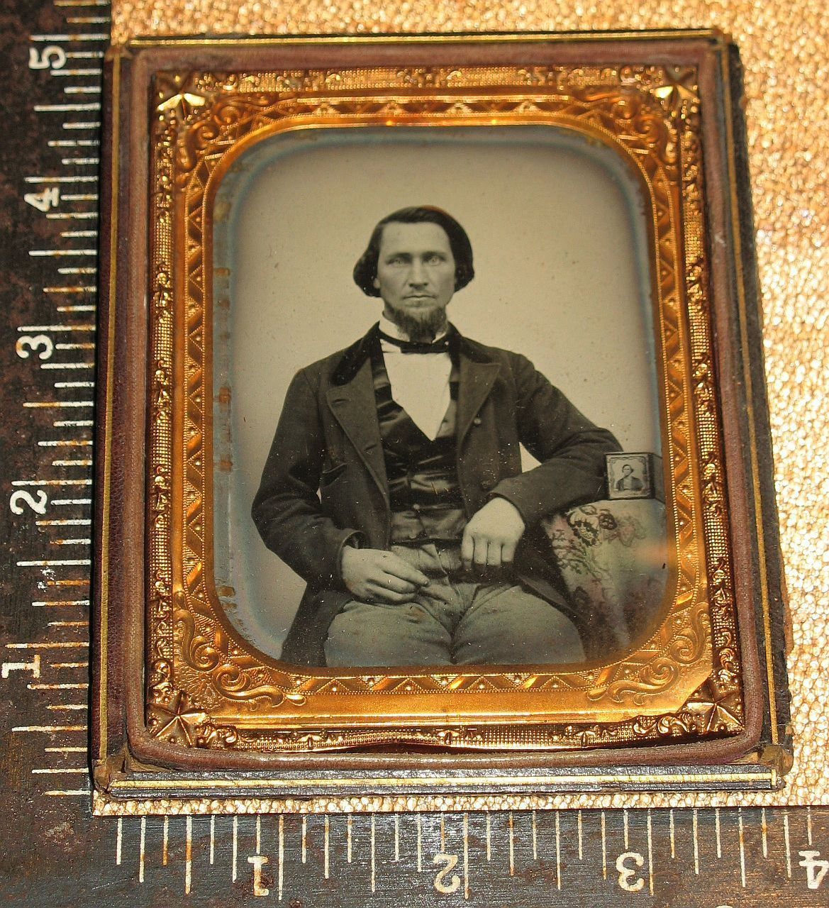 RARE Crisp 1 4 Ambrotype Man with A Photo of Himself on Table Silhouette Backing…