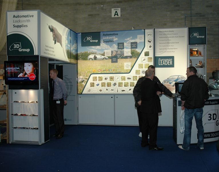 Using lightboxes with fabric exhibition displays for visual impact at exhibitions and tradeshows. #lightboxes
