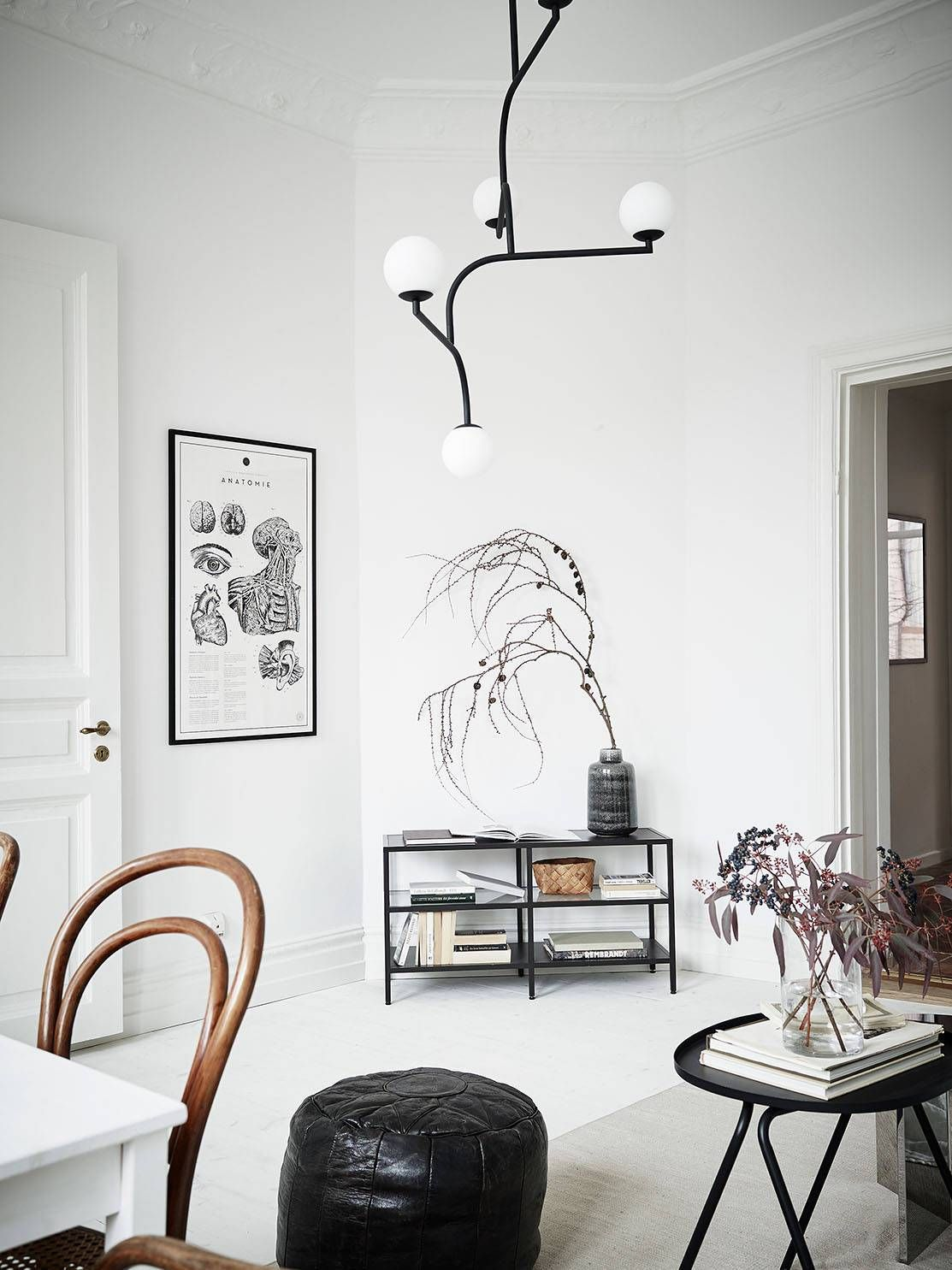 Stylish black and white home via coco lapine design scandinavian