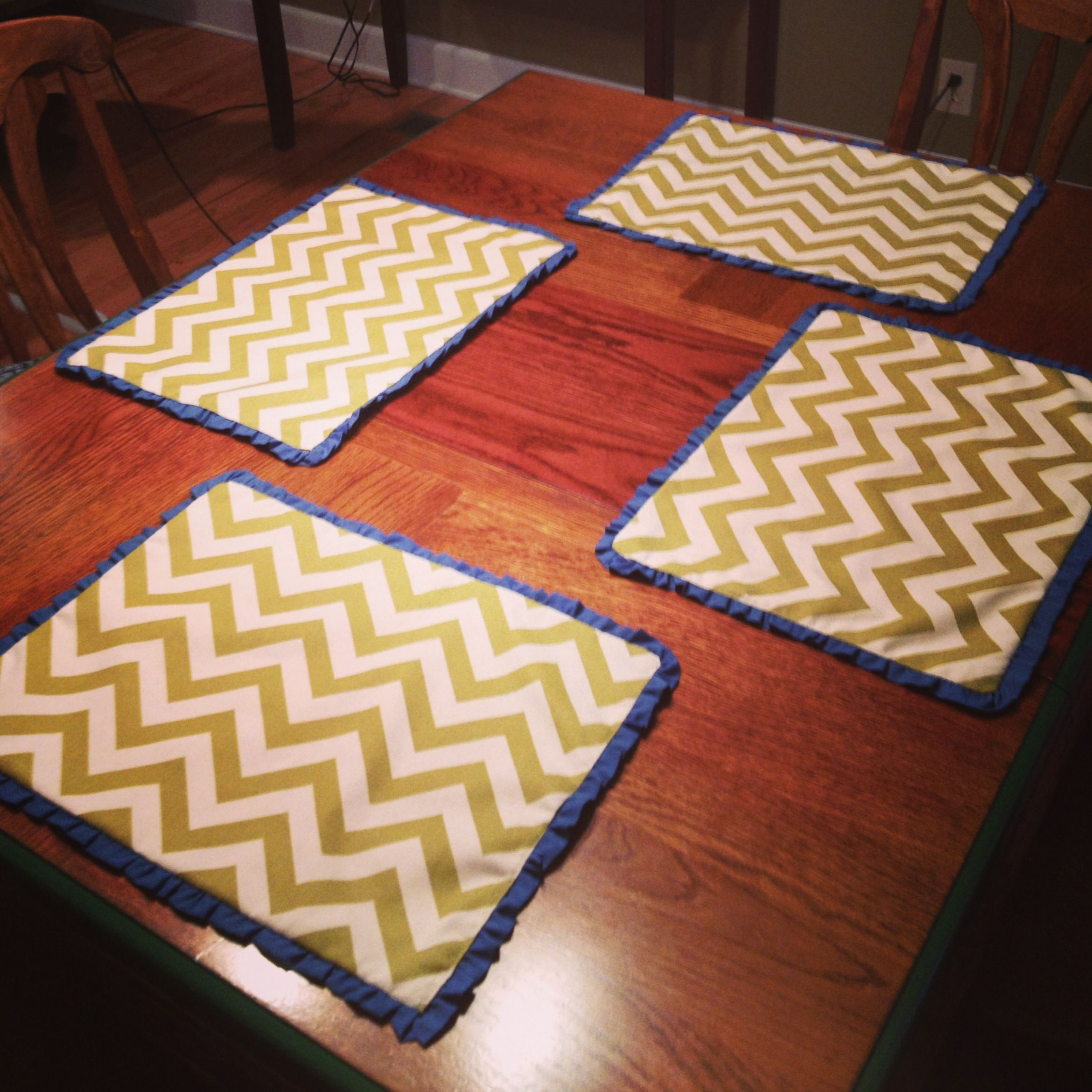 Homemade Chevron Placemats Sewn From Duck Cloth From Hobby Lobby Crafty Projects Fabric Baskets Duck Cloth