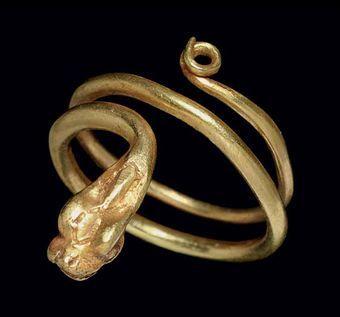 Roman gold snake ring c 1st century AD Snake Jewellery