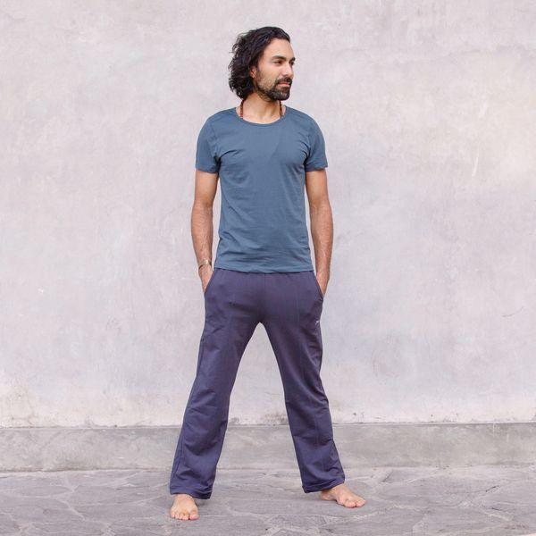 Jaya T-shirt Rocky -  Bodyfitted men`s T-Shirt für Yoga und everyday in angenehmen leichtem Organic Cotton/Lycra Mix mit - #Asana #AshtangaYoga #IyengarYoga #Jaya #MenYoga #Namaste #PartnerYoga #rocky #shirt #TShirt #YinYoga #YogaGirls #YogaLifestyle #YogaPoses #YogaVideos