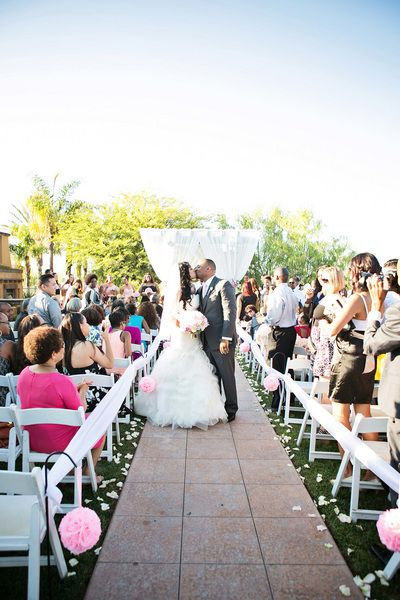 14 Gorgeous Affordable Wedding Venues In Southern California Wedgewood Weddings The Retr Outdoor Wedding Venues Wedgewood Wedding Affordable Wedding Venues