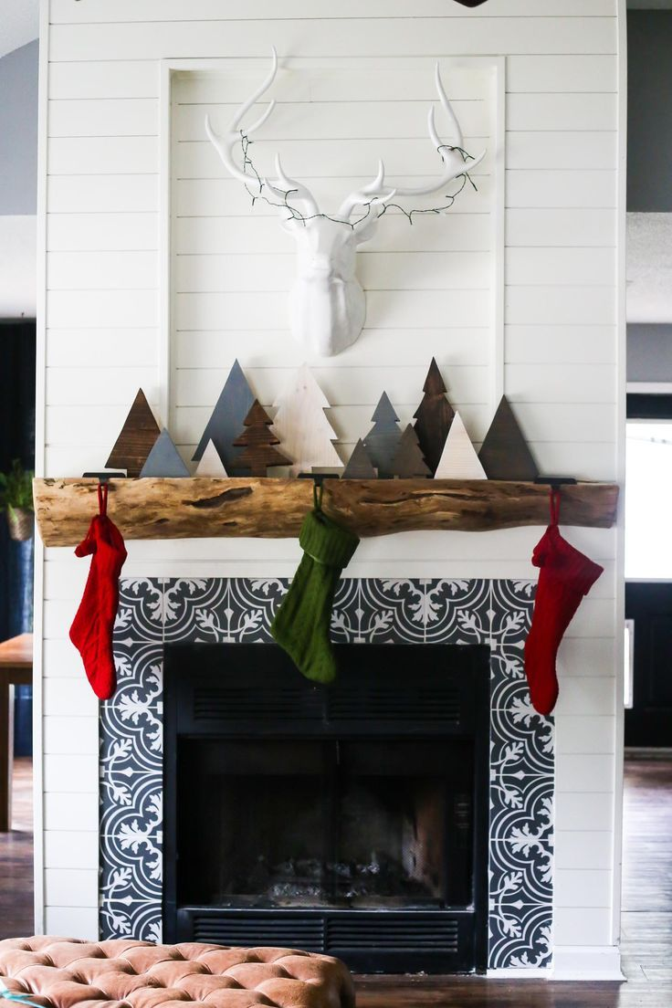 How to make adorable diy scrap wood christmas trees for your mantel
