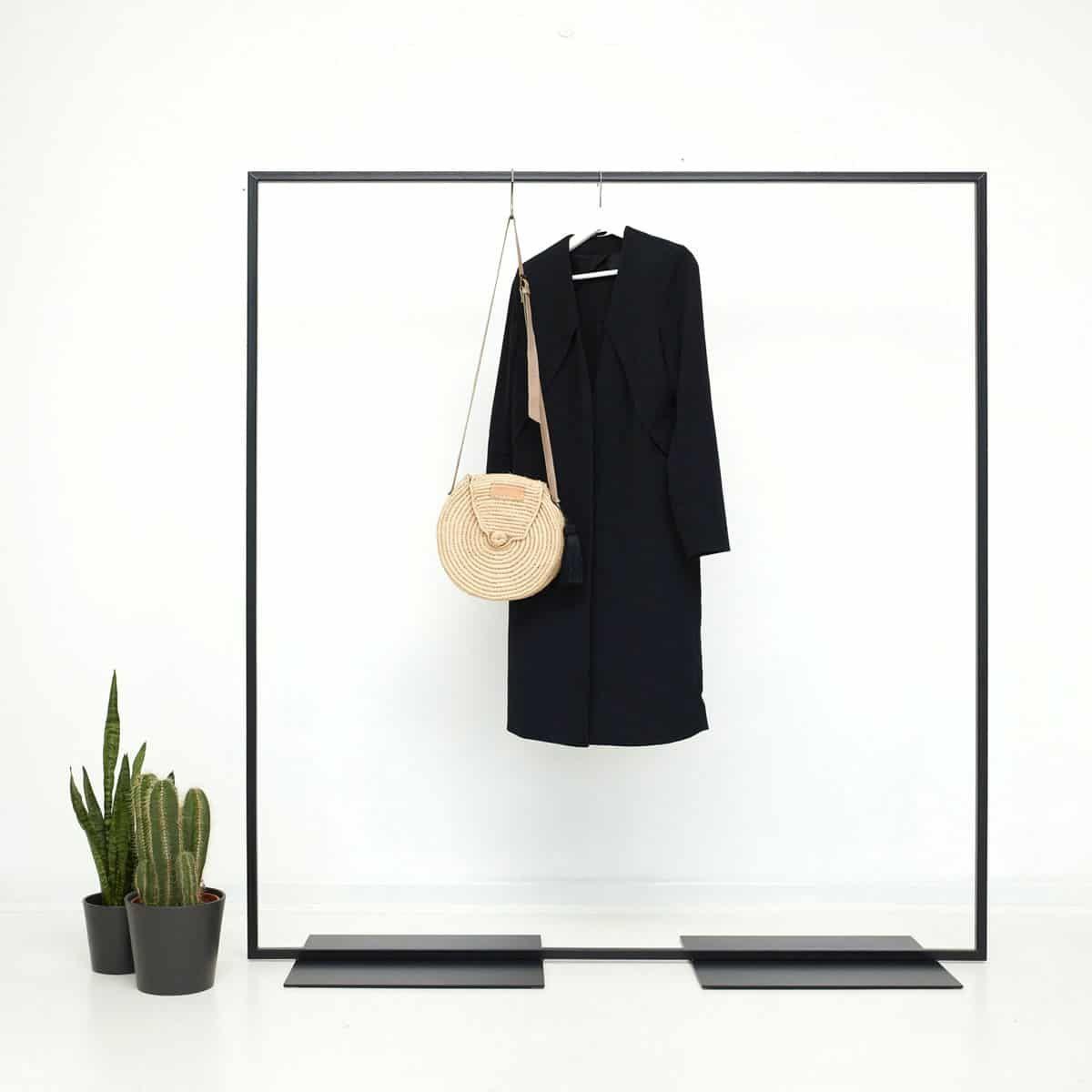 Industrial Design Garderobe Kleiderstander Simple Love