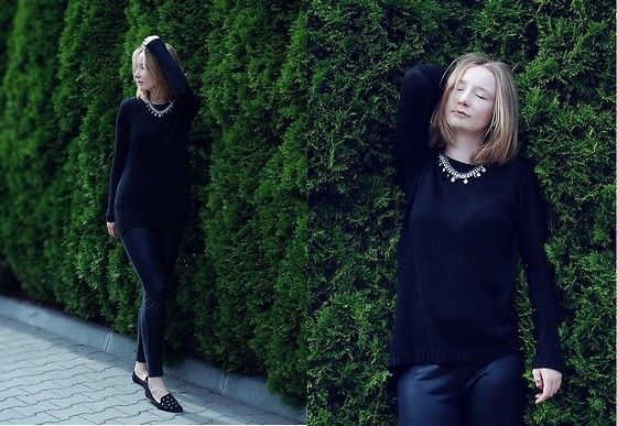 Mohito Black Oversize Sweater, Mango Half Leather Leggings, Mohito Neclacke