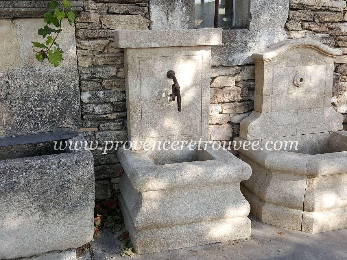Petite fontaine de jardin en pierre : Cette jolie petite ...