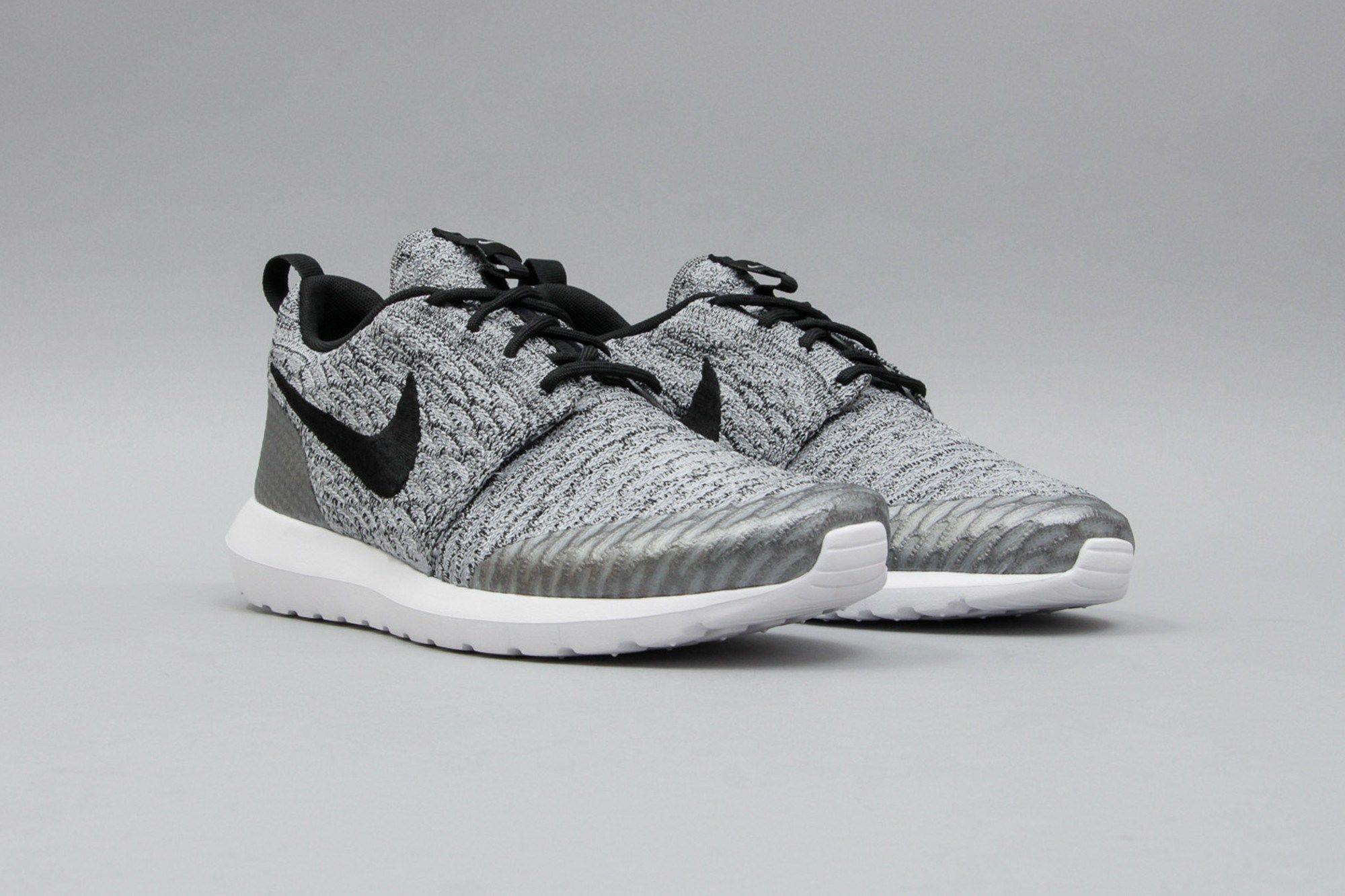 release date: 12123 93bc8 Nike Roshe One NM Flyknit SE Wolf Grey Black White 816531-002 (Grau) from B  V D S T