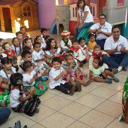 Aprendemos sobre la independencia de México a través de una obra de títeres.
