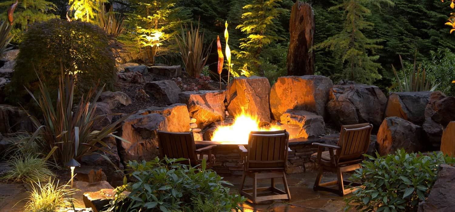 Beautiful Outdoor Home Design Ideas By Alderwood Landscaping Alderwood Landscaping Alderwood Landscaping L Fire Pit Landscaping Backyard Fire Outdoor Fire