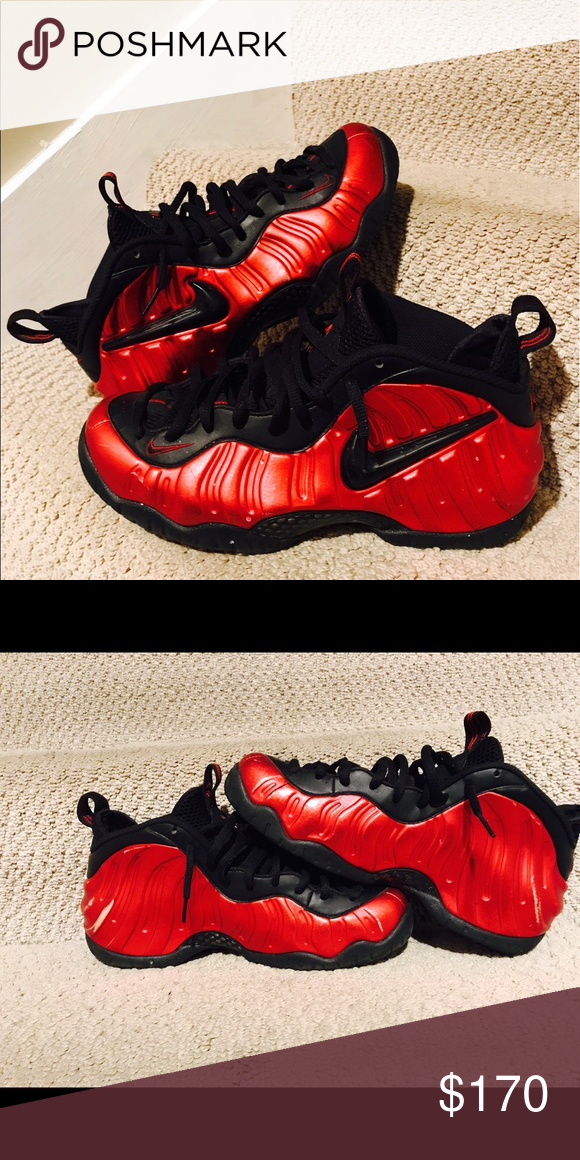 1424f667f53 Black red foam posites A scuff on back of the left shoe. A scratch on the  back of the right shoe. Condition is 7 10 👌🏾 Nike Shoes Athletic Shoes