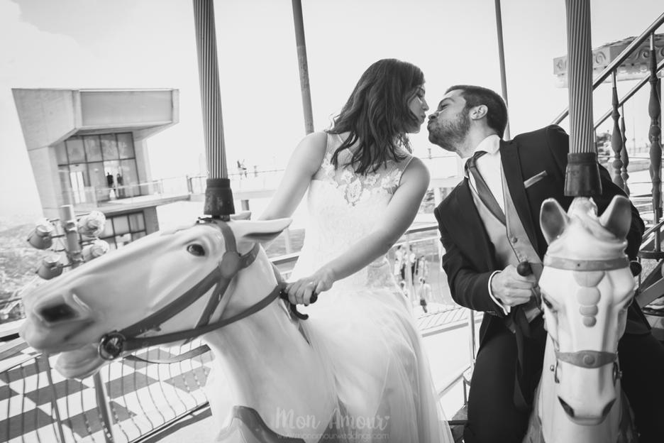 Postboda parque de atracciones del Tibidabo, en Barcelona. Mònica Vidal, Mon Amour, reportaje de boda, wedding photography, casament, wedding, postwedding, boda, fotógrafo de boda en barcelona. info@monamourweddings.com www.monamourweddings.com