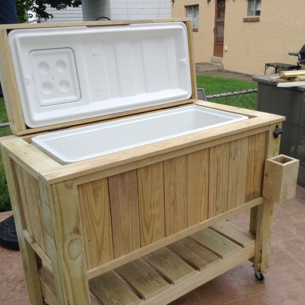 Pin By Kevin Whalen On Diy Cooler Box Pallet Patio