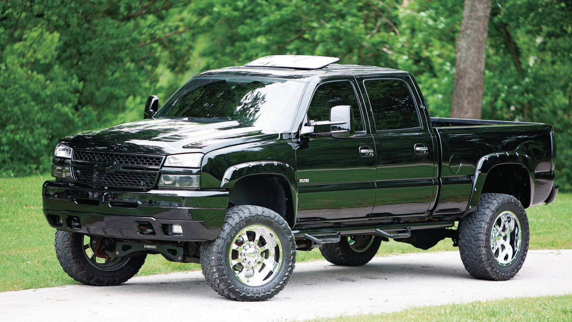 Regardless whether a new or used truck size matters no i m not talking about how big of a lift you put on your truck what i m talking about are th