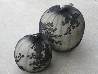 Beau Fleurs: Adventures in Crafting: DIY Last Minute Elegant Halloween Pumpkin Decorations #eleganthalloweendecor