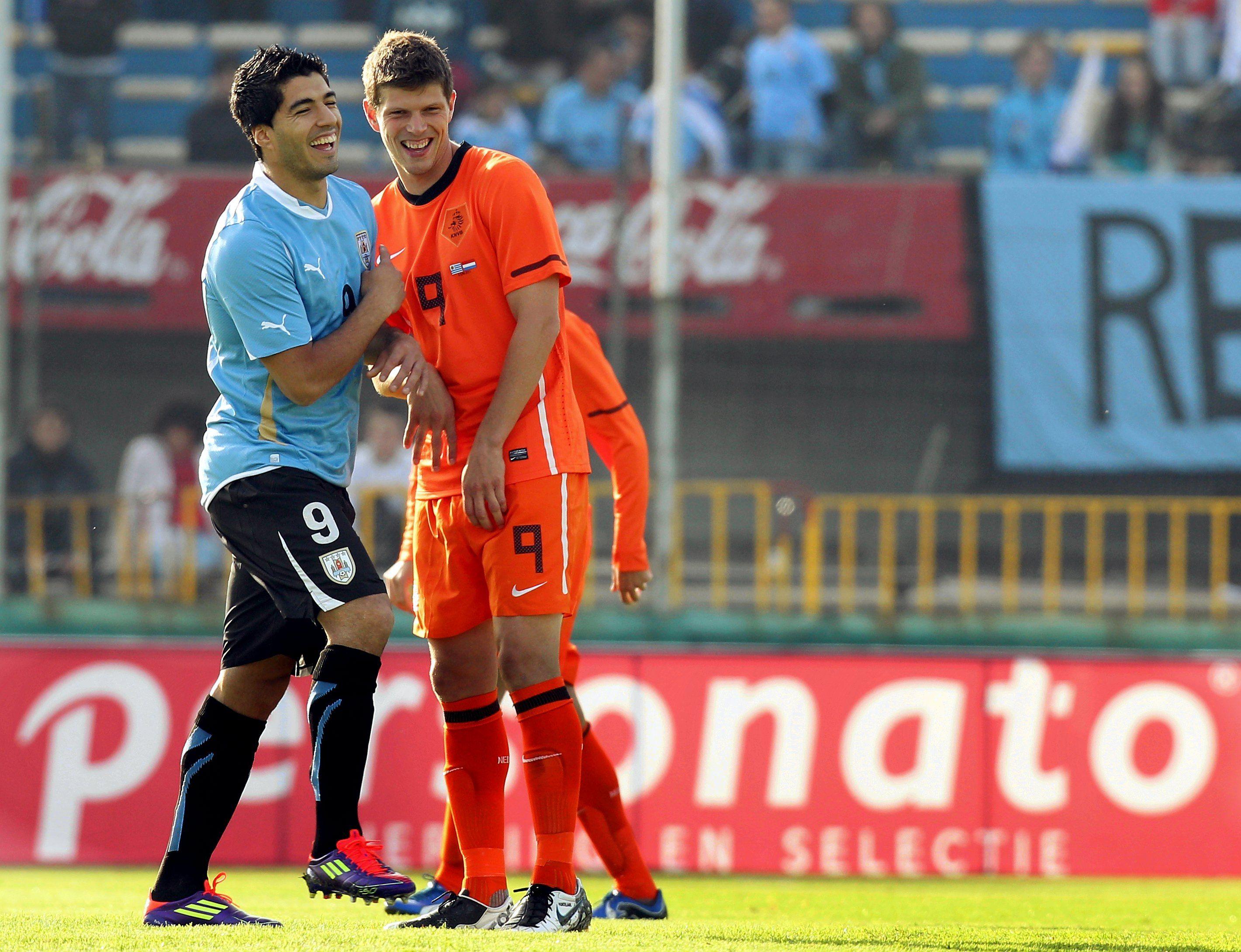 Klaas-Jan #Huntelaar en Luis #Suarez treffen elkaar tijdens ...