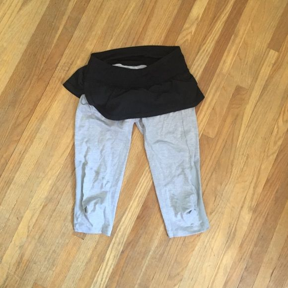 Lululemon skirted crop Cute cropped mesh leggings with skirt. Size 4. No flaws, worn once. lululemon athletica Pants Leggings