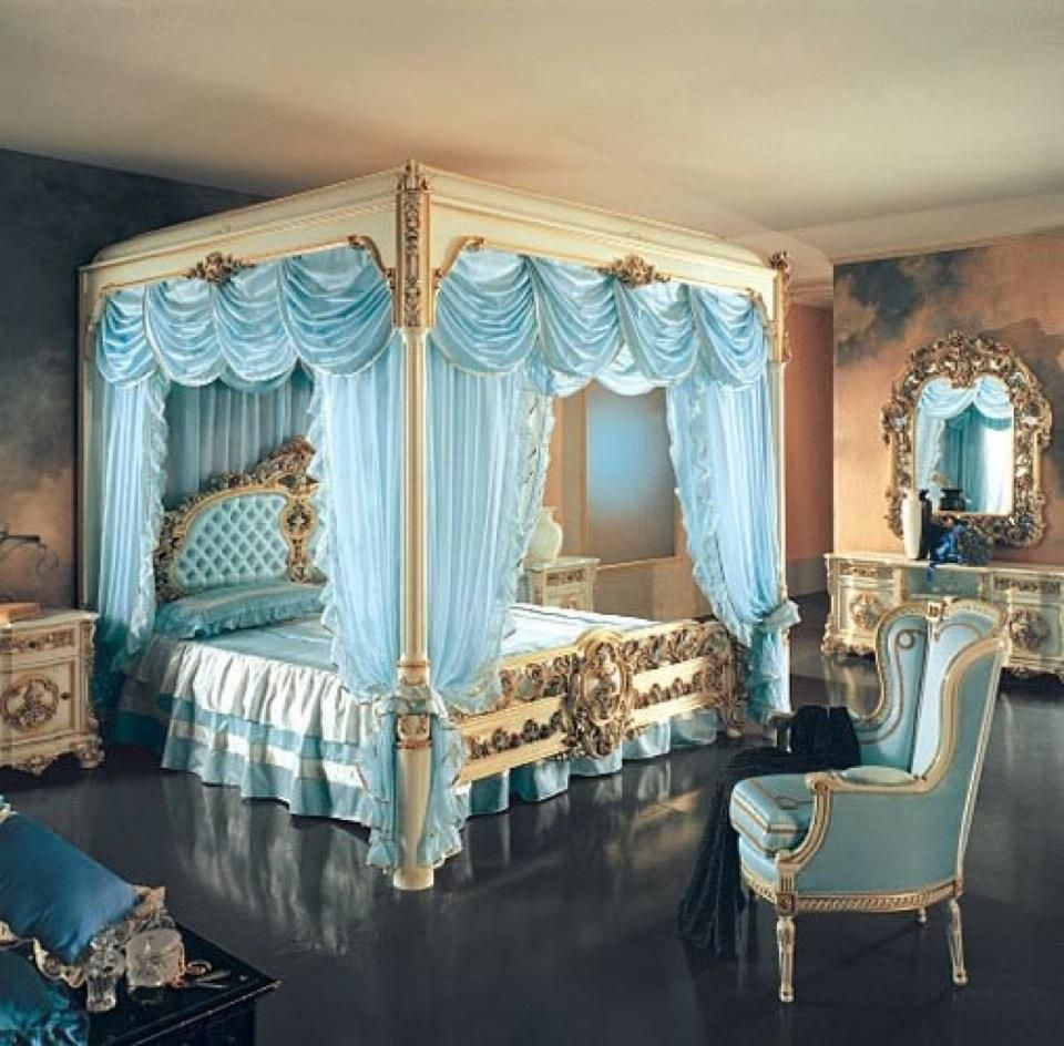 I love the tiffany blue in this room. very elegant | Royal ...