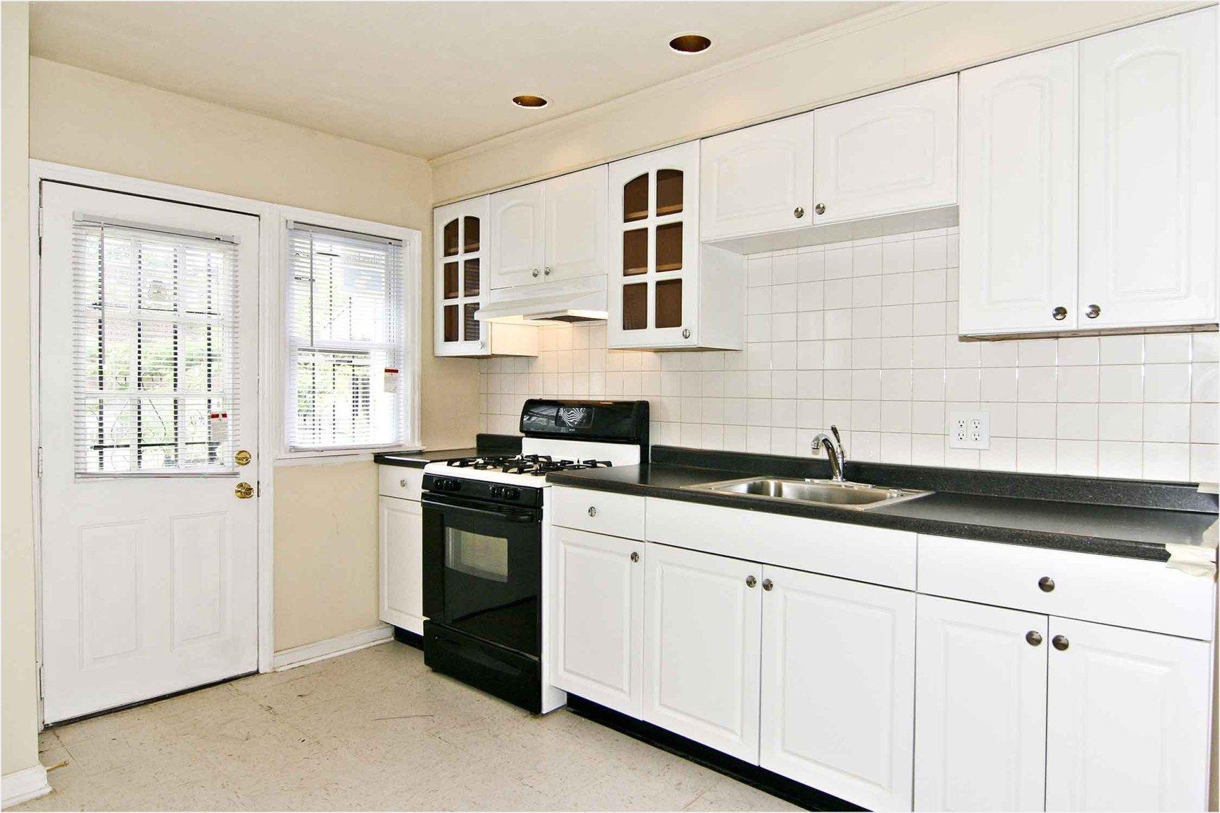 43 Perfect Kitchen Ideas With White Cabinets 14 Kitchen Backsplash