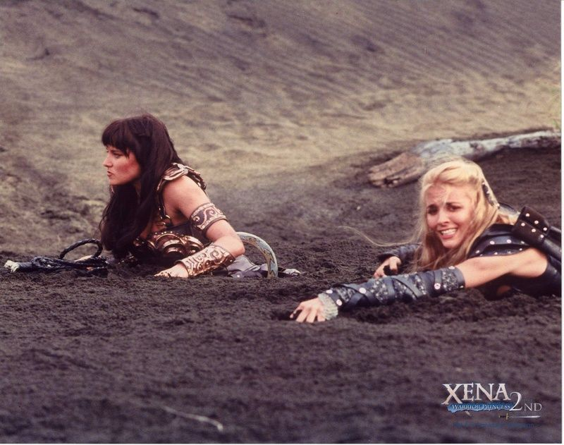 quicksand lesbians in