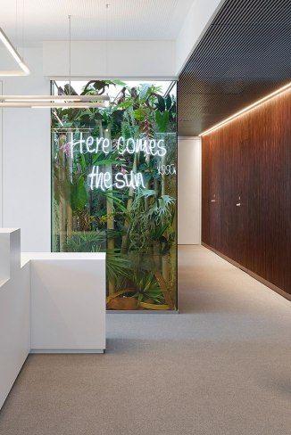 Phoenix Real Estate office design by Ippolito Fleitz | Phoenix real ...