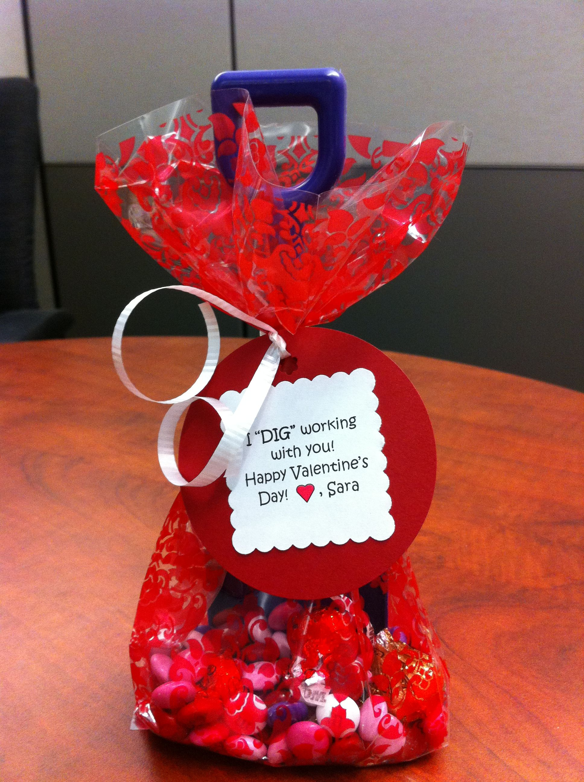 Valentine Gift For Coworkers Gift Ideas Valentines Day