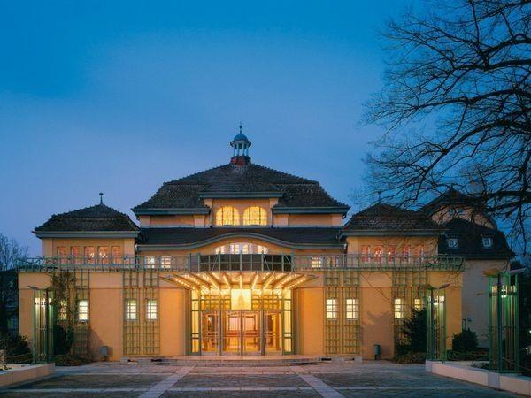 Historischer Festsaal Mit Jugendstilelementen In Leimen Heidelberg Mieten Eventlocation Und Ho Eventlocation Hochzeitslocation Heidelberg Hochzeitslocation