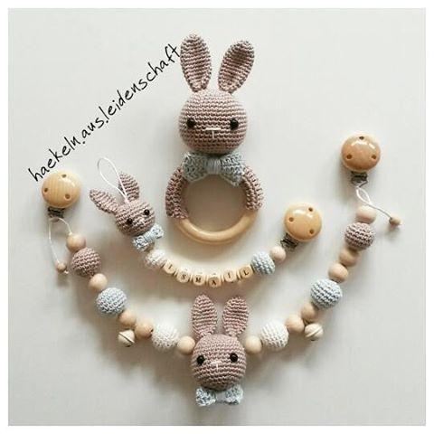 Rassel greifling amigurumi Hase | Crochet bunny, Baby knitting ... | 480x480