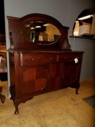 Vintage Buffet + Oval Mir
