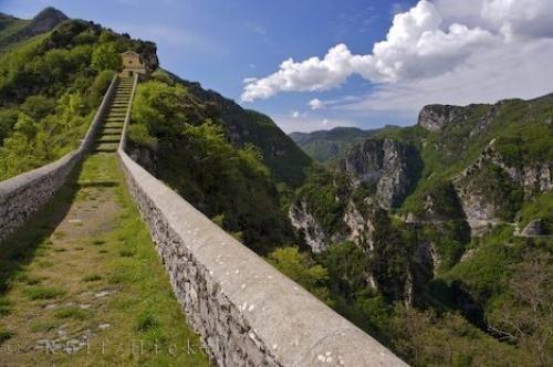 Photo Of A Bridge On The Mountain Landscape Of The Alpes Maritimes Leading To Notre Dame De La Menour In Provence Provence France Alpes Maritimes France Photos