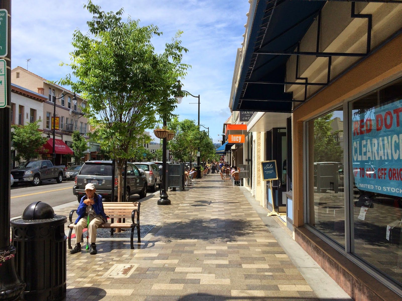 Keys to a better streetscape | Better! Cities & Towns ...