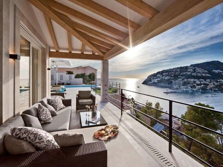 Parkett Und Fliesen Kombinieren So Schaffen Sie Nahtlosen Ubergang In 2020 Luxus Interieur Balkon Design Design Fur Zuhause