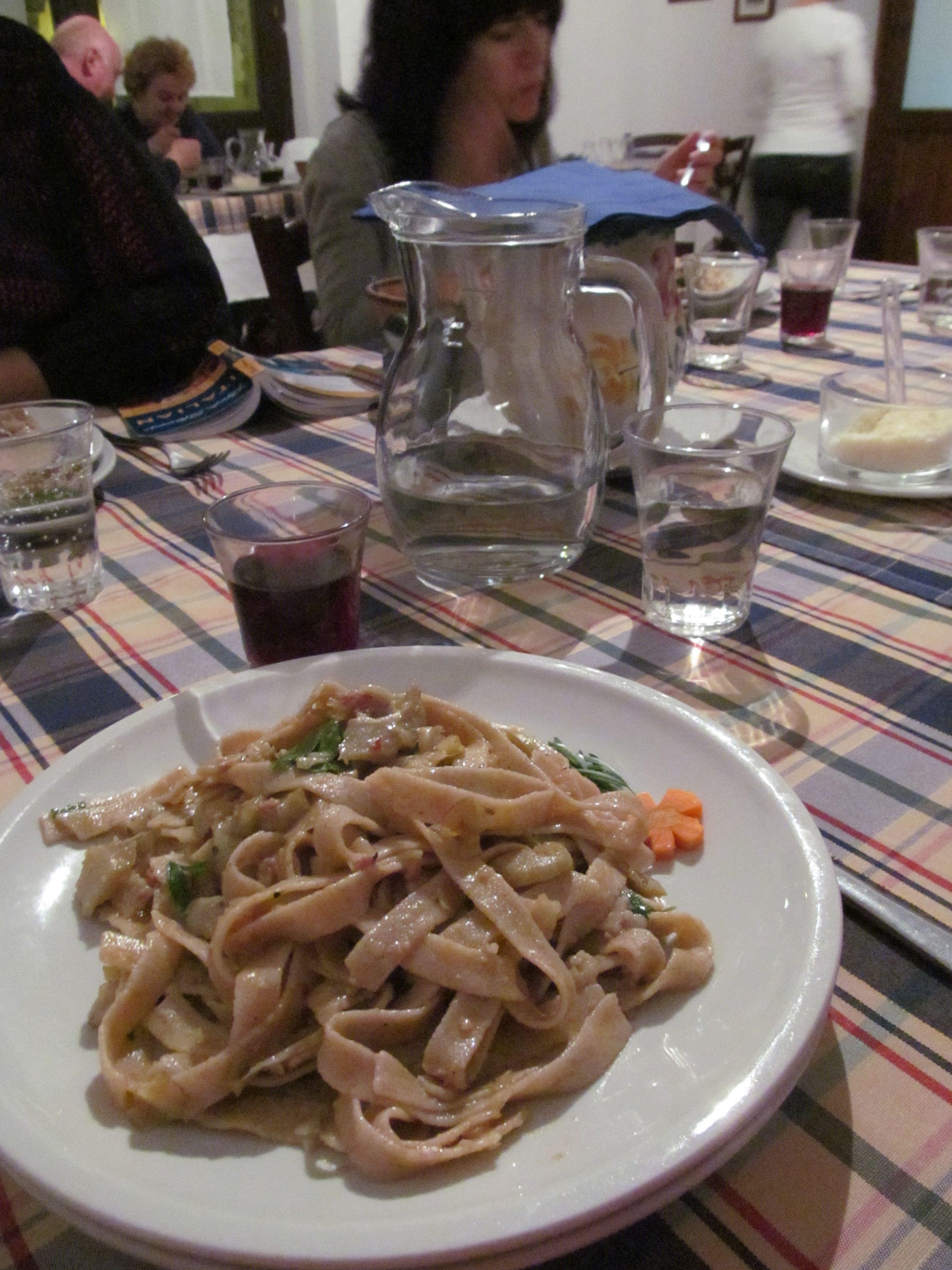 fungi (mushroom) pasta dish - Castella della Rosa, Caltigirone, Sicily