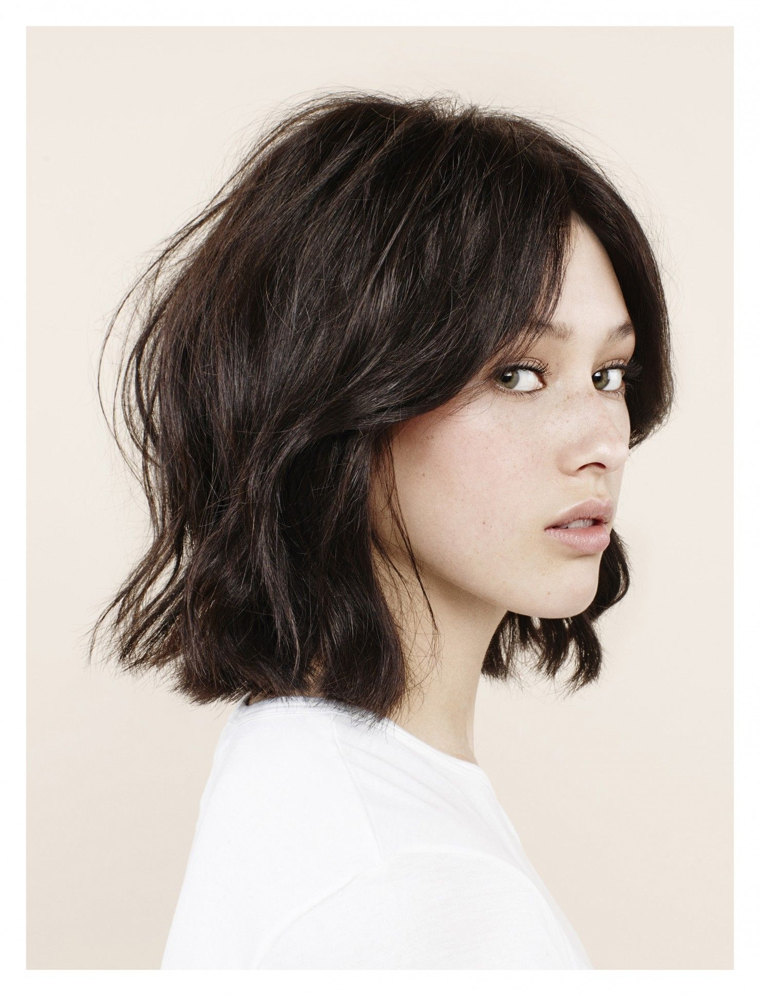 Careless and beautiful styling of medium length hair 18