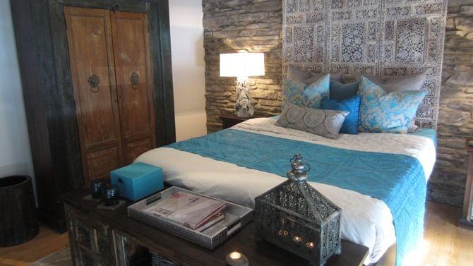 Meuble bas assise en bout de lit chambre pinterest for Chambre design vip