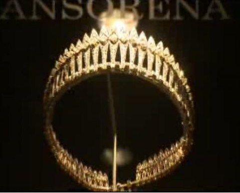 An Ansorena version of the diamond fringe tiara