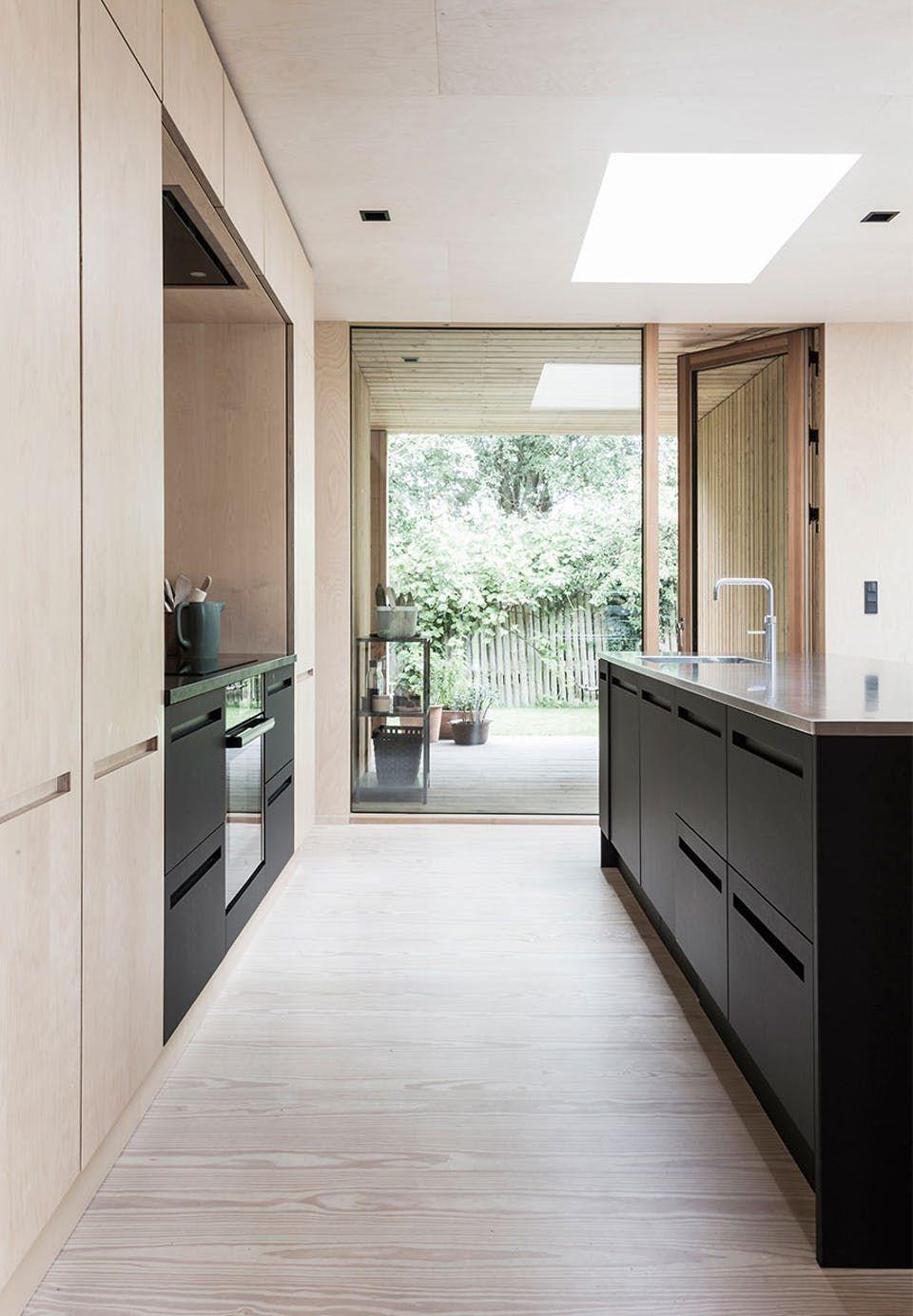 Det unikke kubusformet hus | Skylight, Carpenter and Window